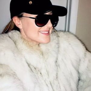 Stunning SAGA FOX fur coat fashion statement L